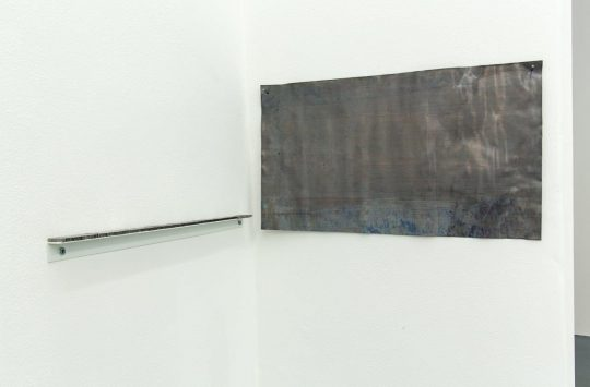 lead type \r<br>3 x 44 x 2,4 cm \r\n\r\nPhoto: Cordia Schlegelmilch, courtesy Galerie Gilla Loercher