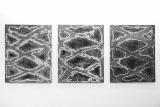 La Gueule ouverte, 2017<br>Wood, paint and wax\n145 x 114 x 5 cm each \n\n\nPhoto: John Cornu, courtesy Galerie Gilla Loercher