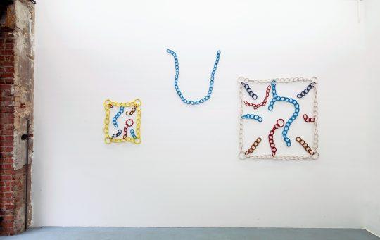 (left) Elemente einer Erfindung, 2013, ceramic, 64 x 54 x 5 cm<br>Prelude, 2013, ceramic, 80 x 89 x 5 cm\nEarth & Color, 2013, ceramic, 120 x 120 x 5 cm\n\nPhoto: Cordia Schlegelmilch, courtesy Galerie Gilla Loercher\n