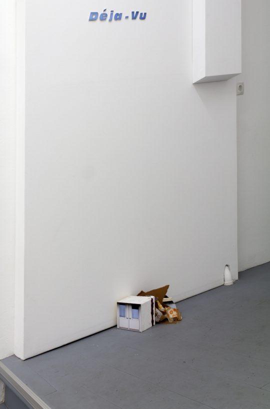 Paperwork \r<br>42 x 10 cm \r\n\r\nPrivate collection \r\nPhoto: Manuel Salvat